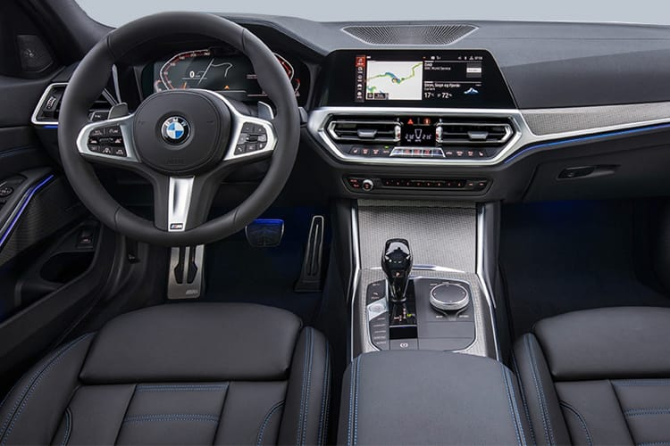 BMW 3 Series 320 Saloon 2.0 i 184PS M Sport 4Dr Auto [Start Stop] inside view